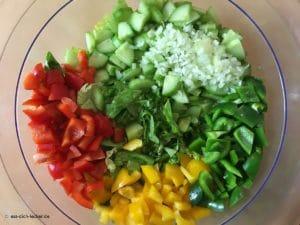 Gemischter Salat kleingeschnitten