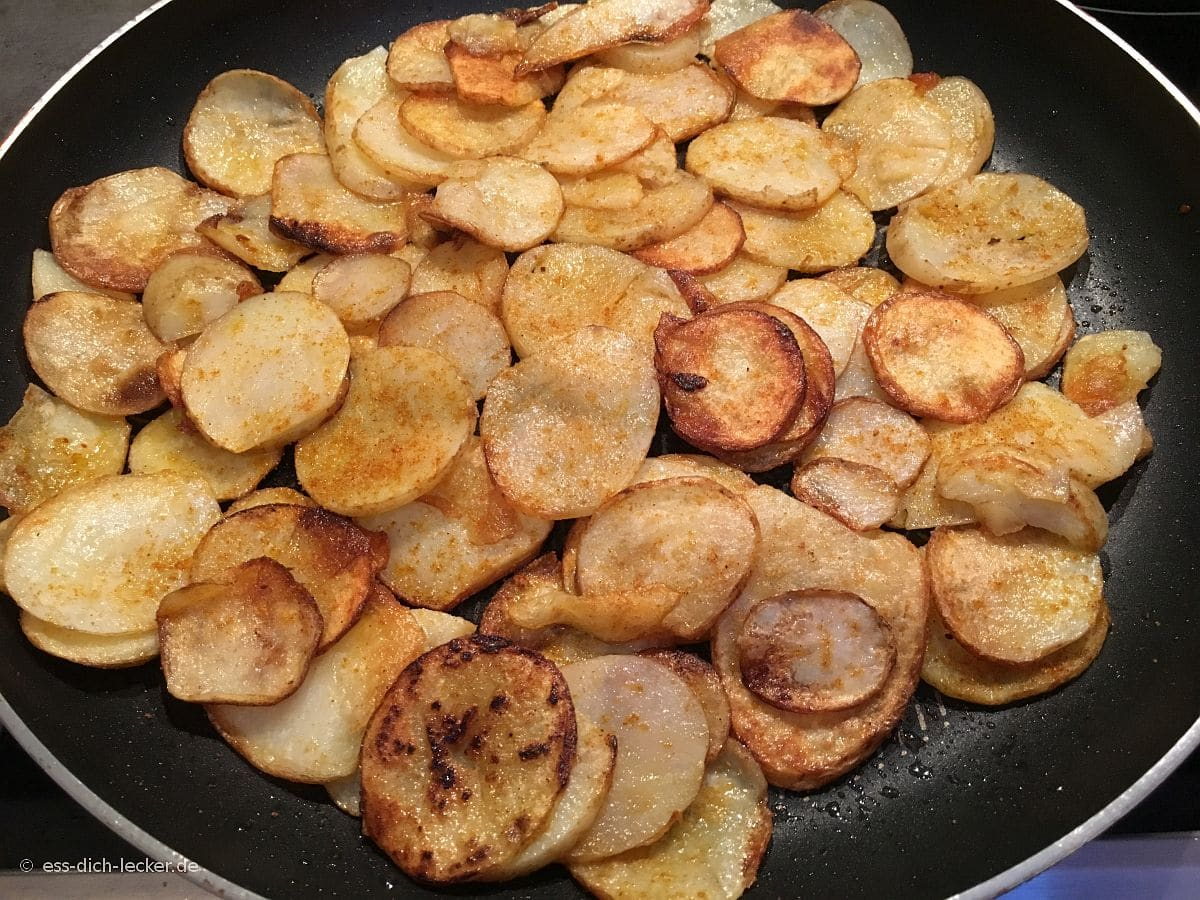 knusprige bratkartoffeln aus rohen kartoffeln